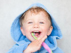 5 Μύθοι και Μυστικά για τη Στοματική Υγιεινή